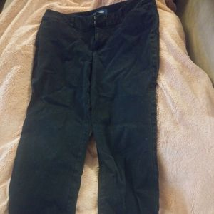 Old Navy Mid-Rise Size 6 Black Jeans